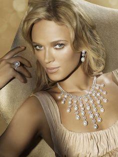 Noni Smith #Makeup #Advertising #Paspaley