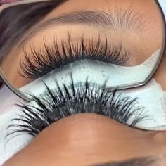 Get premade volume fans here 👆👆 Free international shipping for over $68. Wispy Eyelashes, Perfect Eyelashes, Natural Eyelashes, Mink Eyelashes, Eyelash Extensions Salons, Volume Lash Extensions, Natural Looking Eyelash Extensions, Schönheitssalon Design, Eyelash Technician