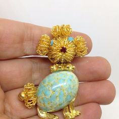 Vintage WIRE WORK DOG BROOCH PIN Robin Egg Turquoise Belly Rhinestone Gold Tone