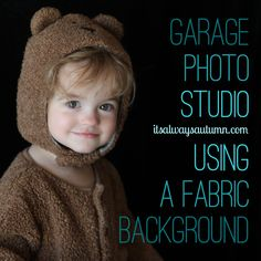this post shows you how to get gorgeous #photos of your kids in their #Halloween #costumes this year - in your garage! looks like a photo studio.