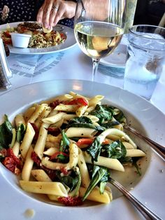 Vegan Pasta Penne, sun dried tomatoes, spinach, olive oil, garlic, balsamic vinegar