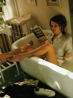 okay so MAYBE I don't look like Kate Moss sexily reading in a bathtub. but reading is my style