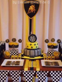 Eventos Romina D's Birthday / Lamborghini Party - Cars - Photo Gallery at Catch My Party 9th Birthday Parties, 10th Birthday, Boy Party Favors, Birthday Party Decorations, Auto Party, Ferrari Party, Bar Mitzvah Centerpieces, Minnie Mouse, Vintage Birthday