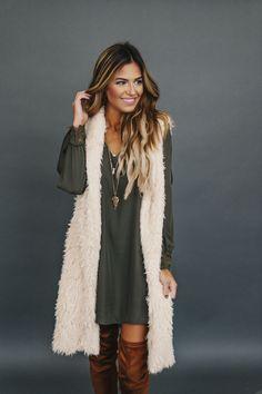 Cream Long Faux Fur Vest - Dottie Couture Boutique