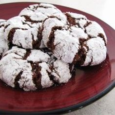 Get Chocolate Crinkle Cookies Recipe from Food Network Holiday Baking, Christmas Baking, Merry Christmas, White Christmas, Chocolate Brownie Cookies, Chocolate Crinkles, Chocolate Chocolate, Food Network, Biscuits Brownies