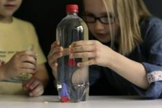 Cartesian Diver-Jennifer Cooper-Kids can make a homemade diving toy sink or float on command with just a slight squeeze of the hand. Physics Experiments, Science Experiments Kids, Science Lessons, Science For Kids, Science Activities, Activities For Kids, Science Crafts, Science Projects, Science Classroom