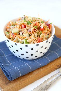 Cook Quinoa With Recipes Barbecue, Classic Macaroni Salad, Greek Salad Pasta, Vegetarian Recipes, Healthy Recipes, Bruschetta, Pasta Salad Recipes, Easy Food To Make, How To Cook Quinoa