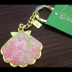 Lilly Pulitzer Shell Ya keychain Brand new with tags Lilly Pulitzer Accessories Key & Card Holders