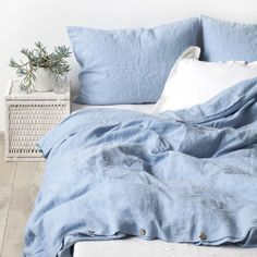 Sky Blue Stone Washed Linen Bed Set