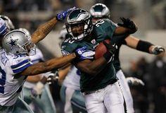 eagles-running-back-lesean-mccoy-wins-fedex-ground-player-of-the-year.jpg 500×339 pixels