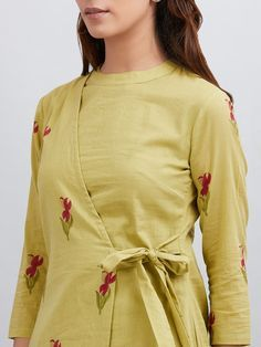 The Loom- An online Shop for Exclusive Handcrafted products comprising of Apparel, Sarees, Jewelry, Footwears & Home decor. Kurti Patterns, Dress Patterns, Dress Neck Designs, Blouse Designs, Printed Kurti Designs, Kurta Designs Women, Churidar Designs, Kurti Styles, Kurta Neck Design