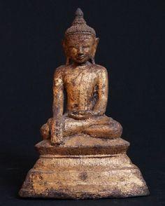 Antieke bronzen Shan Boeddha uit Birma, gemaakt van Brons. Bhumisparsha Mudra, Shan (Tai Yai)