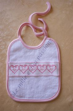 Risultati immagini per blogmamma.it lenzuolini neonato punto croce