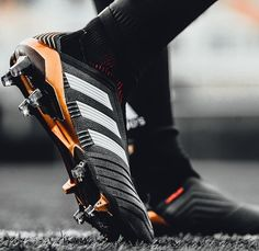 One of the greatest sports in the world is soccer, often known as football in a lot of countries around the world. Adidas Soccer Boots, Nike Boots, Adidas Football, Football Shoes, Football Cleats, Soccer Shoes, Football Players, Nike Soccer, Soccer Gear