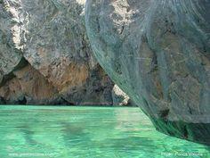 Cave at Firi Ammos beach, Kythera island-Greece Wonderful Places, Beautiful Places, Amazing Places, Travel Around The World, Around The Worlds, Greece Holiday, Paradise On Earth, Greece Travel, Greek Islands