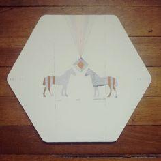 """ You and someone else "" porta calientes. Pieza única, ilustrada por #Himallineishon . #illustration #homedecoration #homedecor #handmade #handpainted #horse"