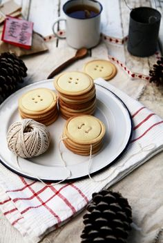 Christmas cookie buttons purist