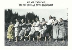 KartoenfabriekAnsichtkaart / PostcardAfmeting / Size: x 15 cm. E Cards, Greeting Cards, Retro Humor, Retro Funny, Happy Birthday Funny, Oldies But Goodies, Happy B Day, Funny Cards, Just For Fun