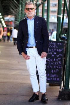 Muted Nick Wooster in the navy blazer with gold buttons and the white pants. Nick Wooster, Smart Casual, Men Casual, Casual Styles, White Casual, Casual Pants, White Chinos, White Pants, Most Stylish Men