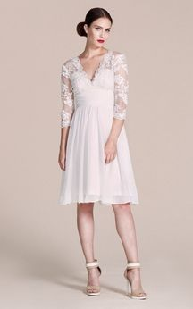 3/4 Sleeved V-neck Knee-length Dress With Lace