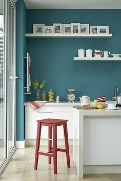 Red and Teal Kitchen Decor. Red and Teal Kitchen Decor. 50 orange and Blue Decor Inspiration 54 Turquoise Walls, Turquoise Kitchen, Teal Walls, Bright Walls, Turquoise Color, Turquoise Cabinets, Color Walls, Little Greene Paint Company, Blue Painted Walls