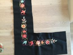 Folk Costume, Costumes, Traditional Outfits, Floral Tie, Norway, Ethnic, Reusable Tote Bags, Embroidery, Clothing