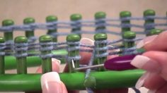 How to make a Beanie Hat with a Round Knifty Knitter Loom- Double wrap 4 yarn and changing colors