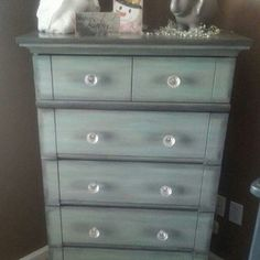 Shiquetiques painted this beautifully serene dresser in Sea Glass, Driftwood and Black glaze. #dixiebellepaint #easypeasypaint #paintedfurniture #seaglass #driftwood #blackglaze #doityourself #diy