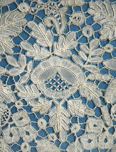 ♥ ~ ♥ Blue and White ♥ ~ ♥ Antique Lace, Vintage Lace, White Embroidery, Cross Stitch Embroidery, Bobbin Lacemaking, Paper Lace, Lace Gloves, Linens And Lace, Lace Doilies