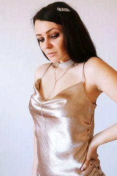 20191013_161222 Diamond Choker, Camisole Top, Chokers, Tank Tops, Women, Fashion, Moda, Halter Tops, Fashion Styles