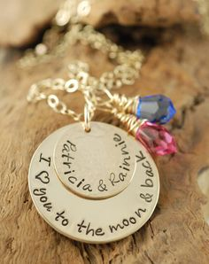 Mommy Necklace-- I love this
