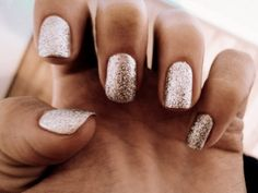 Fingers and toes! Gold Nail Polish, Gold Nails, Nail Polish Colors, Sparkle Nails, Glitter Nails, Gold Glitter, Cute Nails, Pretty Nails, Hair And Nails