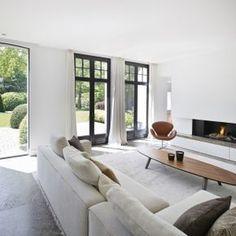 Luxe meubels in woonkamer ontwerp met open haard   woonkamer ideeën ...