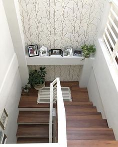 65 trendy home ideas diy stairs Home Room Design, Home Interior Design, Interior Ideas, Kitchen Design, Coastal Master Bedroom, Bedroom Decor, Escalier Design, Stair Decor, Modern Stairs