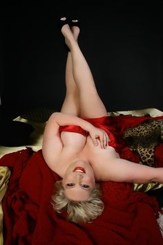 Plus Size Boudoir boudoir-pose-ideas-plus-size