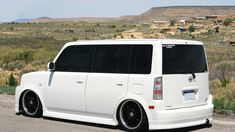 Scion xB (2004-2008) Air Suspension Air Ride | Air Lift Performance - Air Ride and Air Management Systems