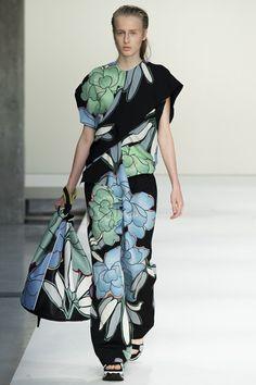 Marni Spring/Summer 2015 ready-to-wear #MFW #Milan #FashionWeek