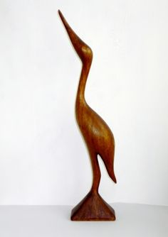 Dansk design - Trane i Teak - handmade Retro vintage www.houseofbk.com Wood Bird, Wood Carving Art, Blue Heron, Wooden Crafts, Woodcarving, Wood Sculpture, Pet Birds, Wood Projects, Retro Vintage