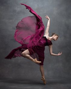 Cassandra Trenary, Soloist, American Ballet Theatre, photo by Ken Browar and Deborah Ory, NYC Dance Project Dance Photography Poses, Dance Poses, Ballet Art, Ballet Dancers, Ballet Bolshoi, Ballet Style, Dance Project, Ballerina Project, Ballet Poses