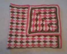 Free Crochet Baby Blanket Patterns - Shell Blanket with Border