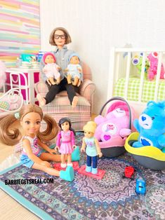 Grandma Barbie and twins Barbie Babies and kids are such a fun thing to collect. Babies are adorable Barbie Bebe, Barbie Kids, Barbie Doll Set, Baby Barbie, Doll Clothes Barbie, Barbie Doll House, Beautiful Barbie Dolls, Candy Theme Birthday Party, Barbie Happy Family