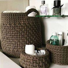 61 Ideas home decored diy storage baskets Crochet Storage, Crochet Diy, Crochet Home Decor, Love Crochet, Crochet Basket Pattern, Knit Basket, Crochet Baskets, Yarn Projects, Crochet Projects