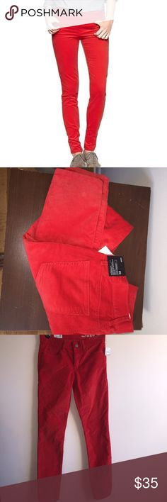 Gap Legging Jeans So perfect for cold weather. Material is like corduroy. Color is a red orange. So pretty. Size 25r GAP Pants Leggings