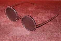 Vagati (@vagatieyewear) Check It Out, Giveaway, Glasses, Celebrities, Unique, Instagram, Eyewear, Eyeglasses, Celebs