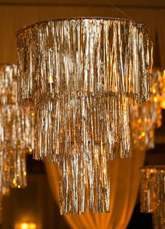 Check Out The Glitzy Installation Over This Couple's Dance Floor – Decoration Event Oscar Party, Nye Party, Disco Party, Great Gatsby Party, Gatsby Themed Party, Gatsby Wedding, Party Wedding, Wedding Ideas, Wedding Themes