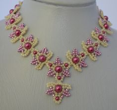 Pearly Pink Necklace Pattern - Item Number 18061 at Bead-Patterns.com