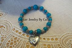 bluish green beaded bracelet