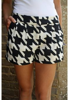For a BAMA game! Alabama Game Day Black and White Pleated Shorts