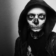 Tate Langdon/Zombie Boy/Skull face paint