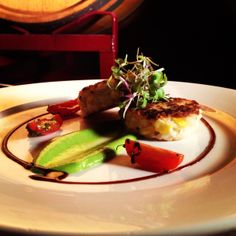 Pancetta and corn risotto cakes, truffle pea puree Catering Events, Catering Services, Wedding Catering, Christophers Kitchen, Risotto Cakes, Dinner Plates, Truffles, How To Memorize Things, Meals